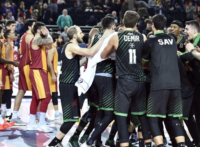 Solgar Vitamin Türkiye Kupası - Darüşşafaka Tekfen finalde