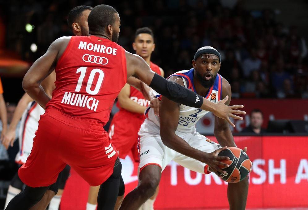 Turkish Airlines Euroleague | Bayern Munich - Anadolu Efes | Chris Singleton