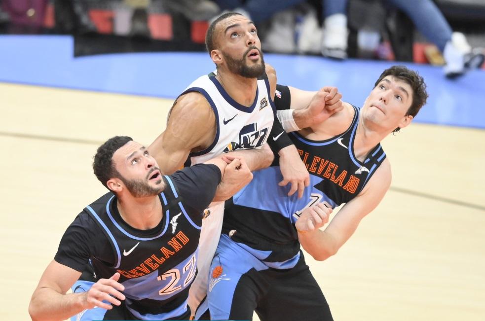 Rudy Gobert Coronavirus testi pozitif çıktı - NBA de sezon tatil