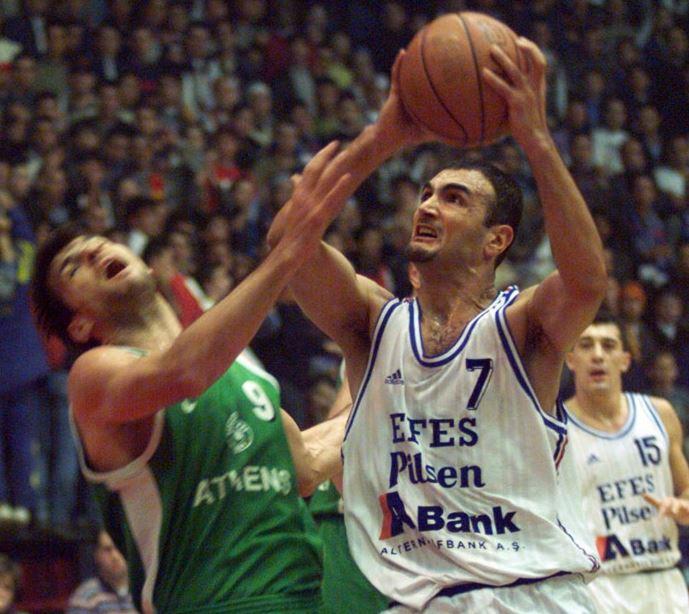Petar Naumoski - Efes Pilsen