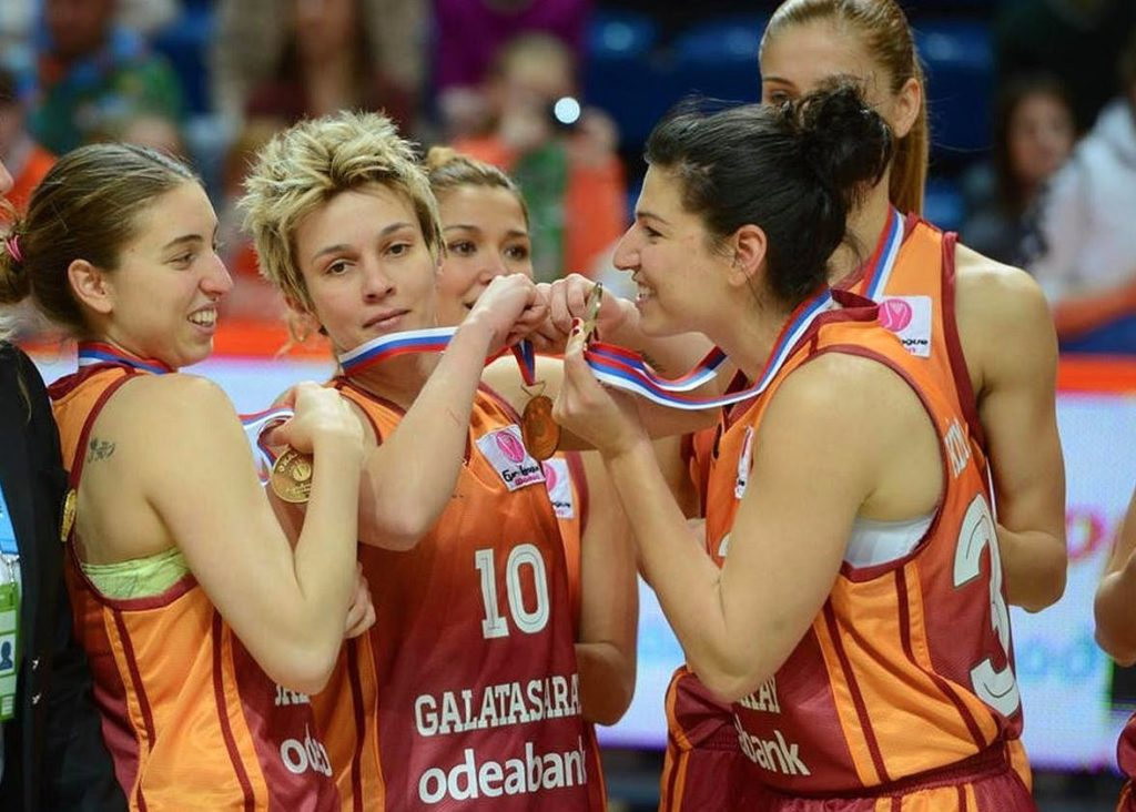Işıl Alben - Galatasaray Euroleague champion