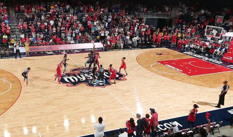 WNBA 2020 tip off