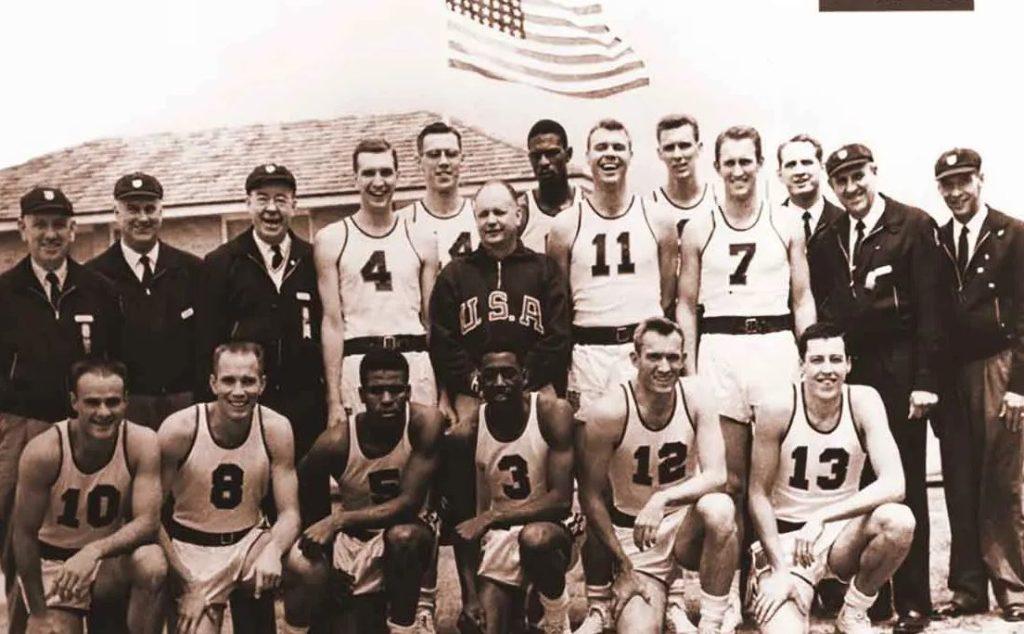 1956 Melbourne Olimpiyat Oyunları basketbol şampiyonu ABD takımı