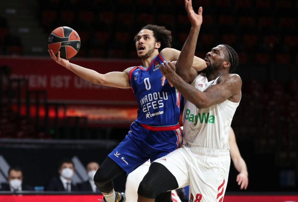 Turkish Airlines Euroleague - Bayern Munich - Anadolu Efes - Shane Larkin