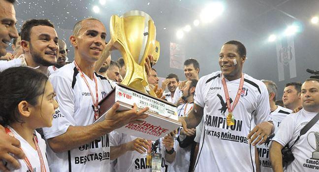 Carlos Arroyo - Beşiktaş Milangaz