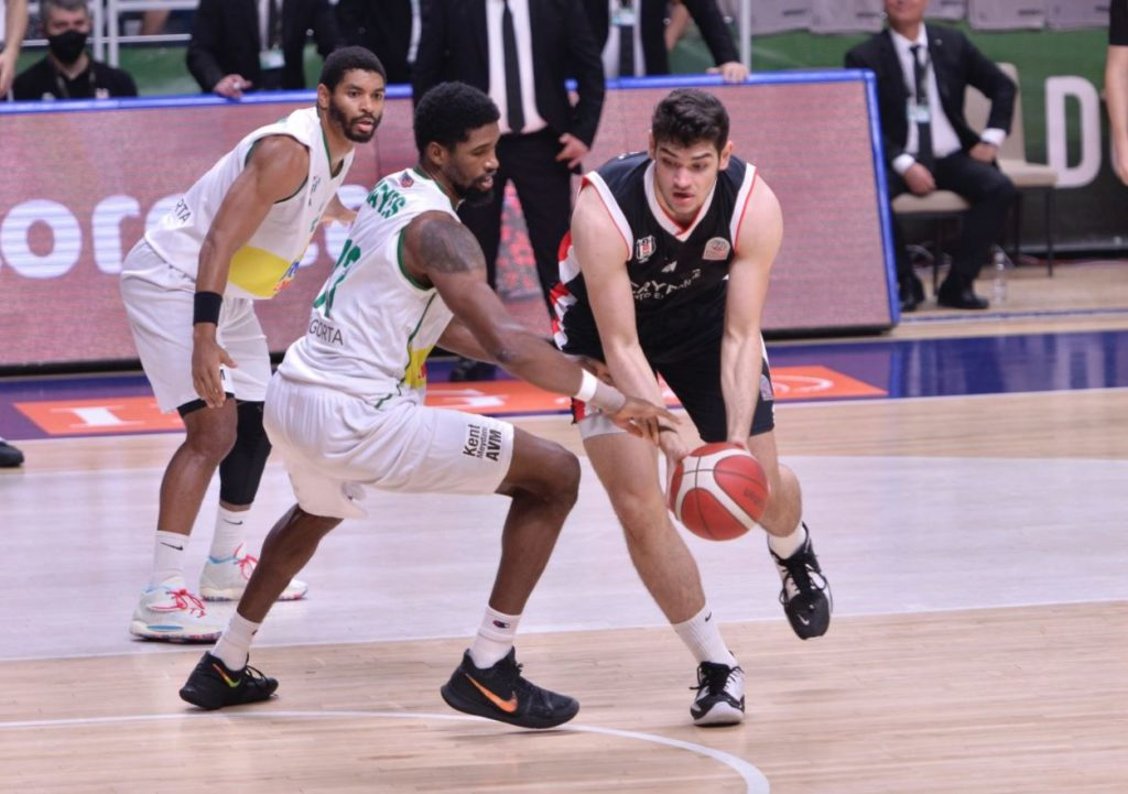 ING Basketbol Süper Ligi 2021-2022 Frutti Extra Bursaspor - Beşiktaş Icrypex - Furkan Haltalı